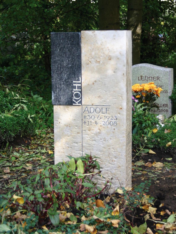 """Urnenstein """"Kreuz III"""""""