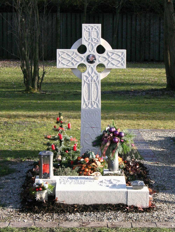 """Stele """"Keltisches Kreuz"""""""
