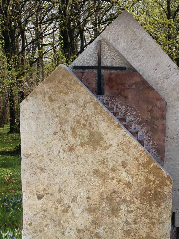 """Stele """"Stufen III"""""""