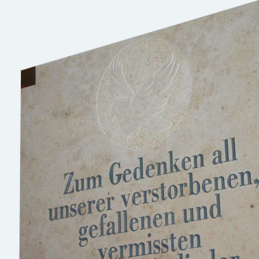 0010-natursteinobjekte-kriegerdenkmal-1000