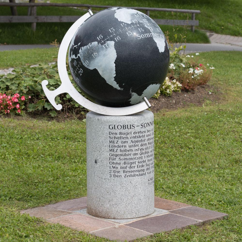 0010-globus-sonnenuhr-kunert