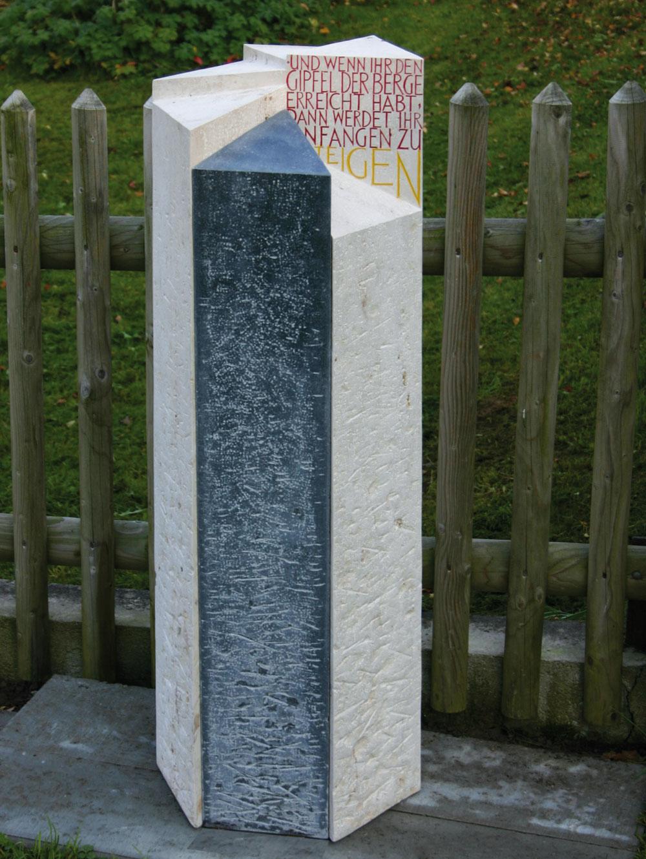 0010-grabstein-mosandl-stufen-1300