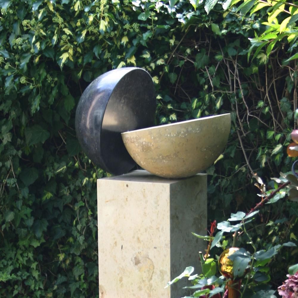 0010-natursteinobjekte-gartenskulptur-naturstein-1000