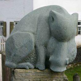 Steinobjekte und Skulpturen