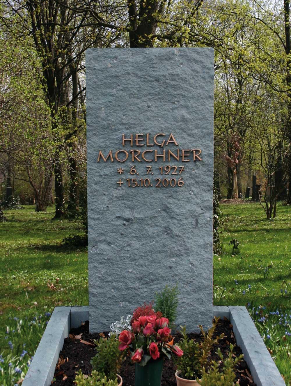 0010-grabstein-mosandl-morchner-1300